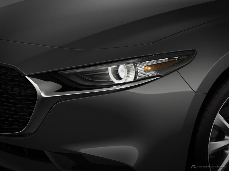 29_Mazda3_HeadRamp