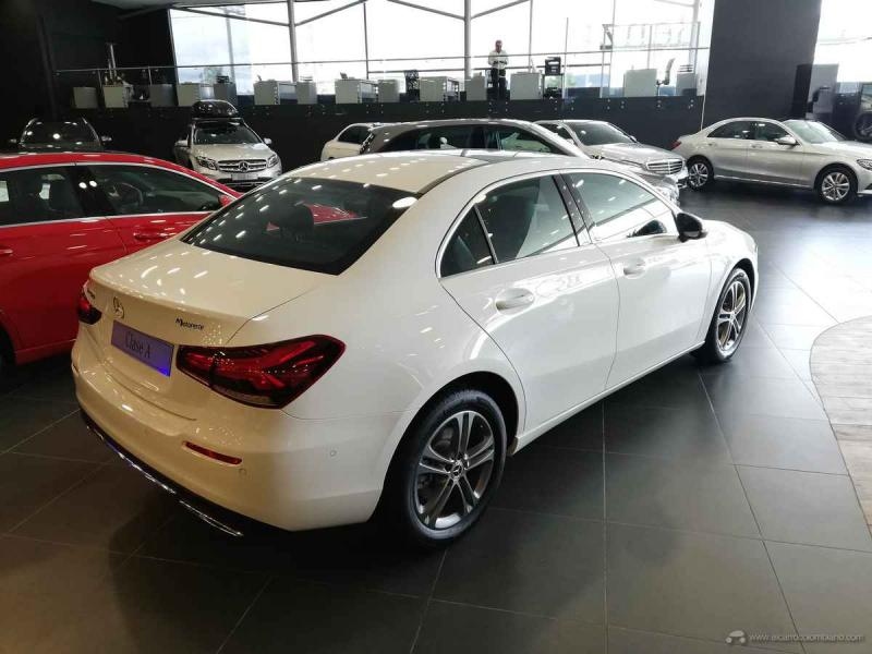 Mercedes-Benz A200 Sport Sedán