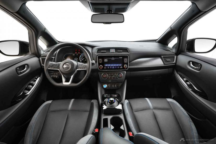 Nissan-LEAF-2020-Interior-01