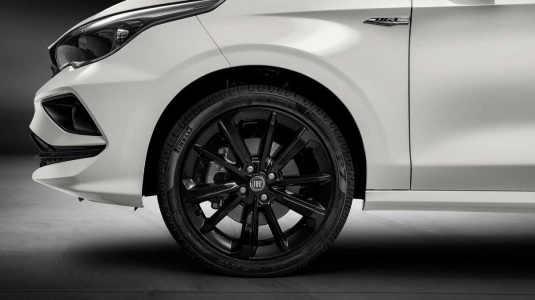 Fiat-Cronos-HGT-2020-8