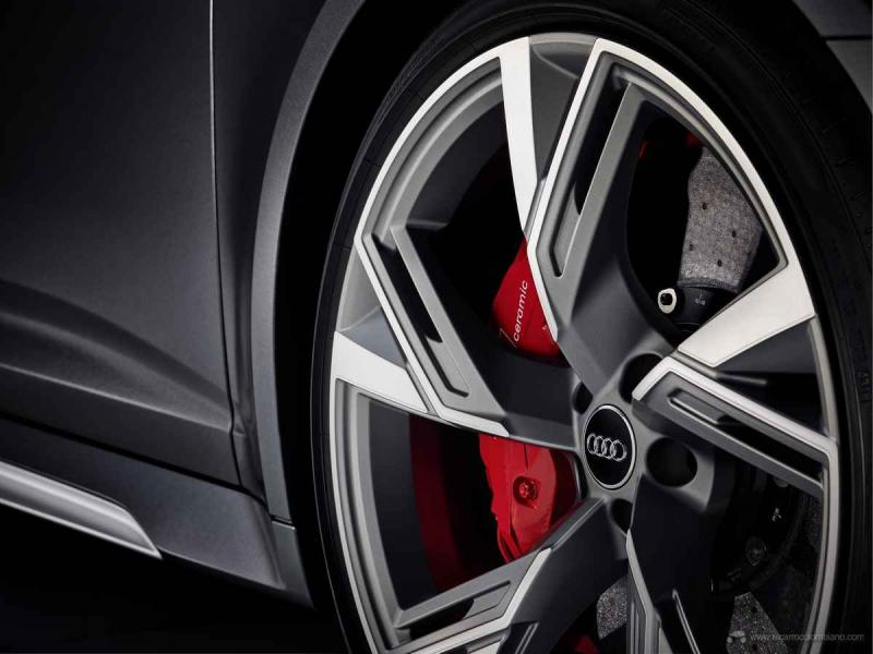 Audi-RS-6-Avant-6126