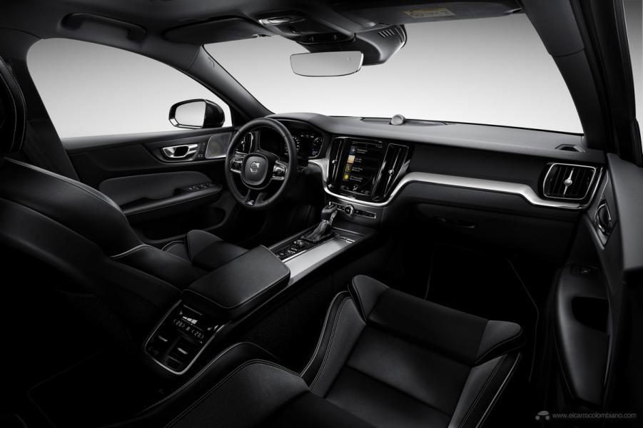 New Volvo S60 R-Design exterior