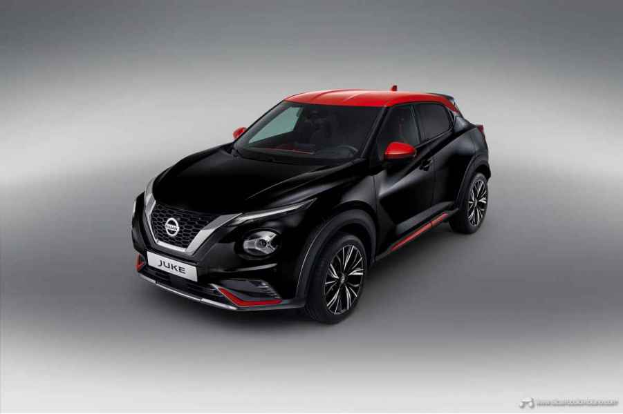 Sep.-3-6pm-CET-New-Nissan-JUKE-Unveil-Black-Static-Studio-3