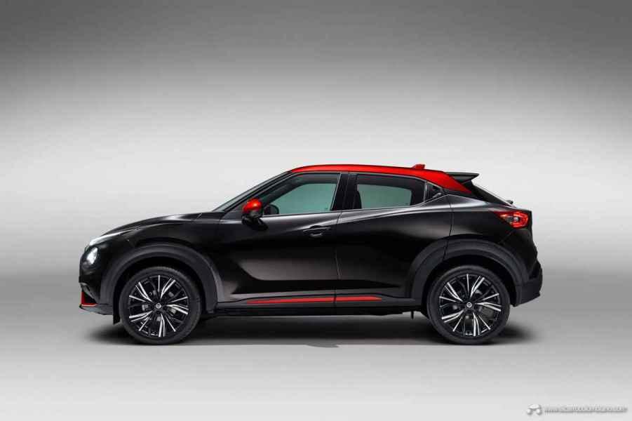 Sep.-3-6pm-CET-New-Nissan-JUKE-Unveil-Black-Static-Studio-4