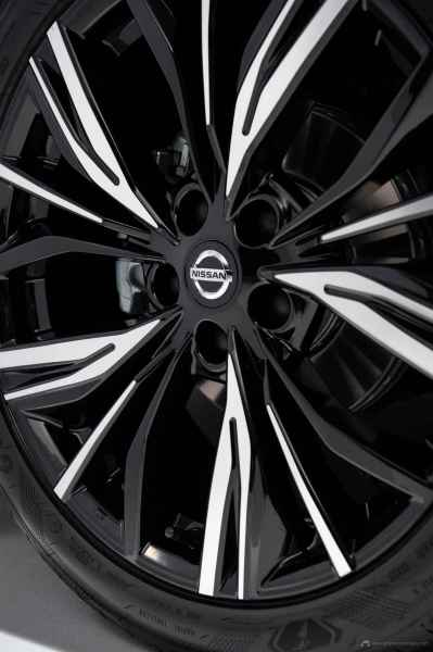 Sep.-3-6pm-CET-New-Nissan-JUKE-Unveil-Red-Static-Studio-23