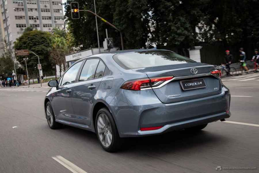 toyota_corolla_2_0l_dynamic_force_4