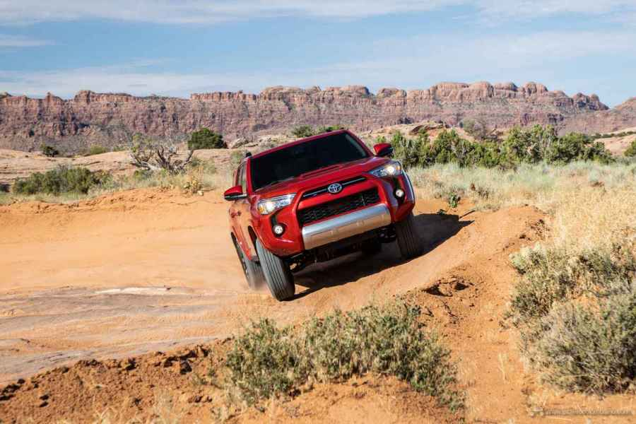 20_Toyota_4Runner_TRD_Off-Road_03
