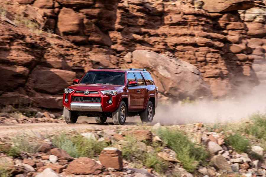 20_Toyota_4Runner_TRD_Off-Road_04