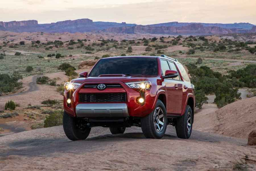 20_Toyota_4Runner_TRD_Off-Road_05