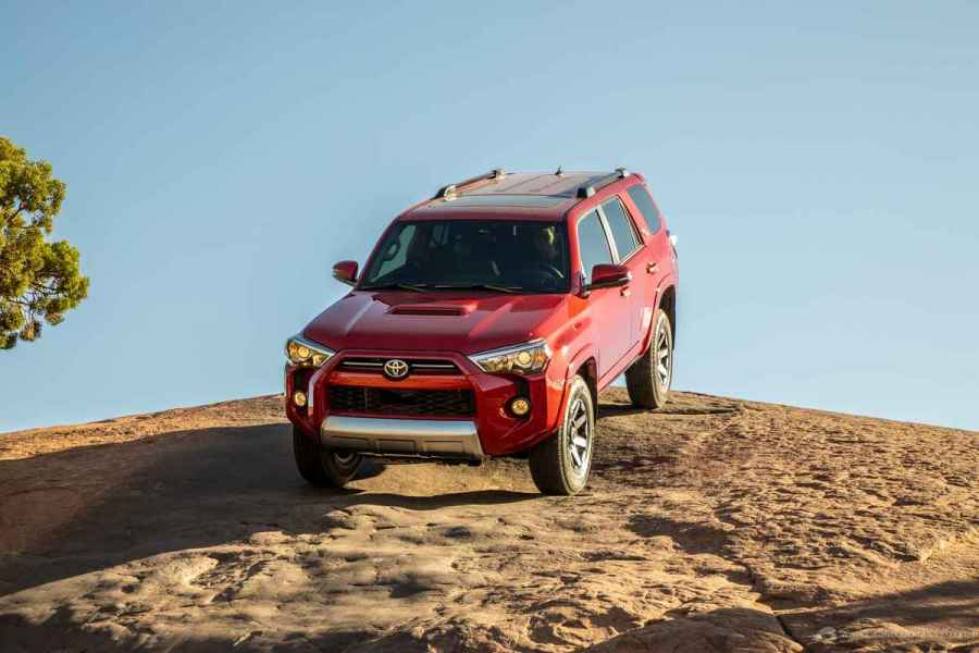 20_Toyota_4Runner_TRD_Off-Road_06