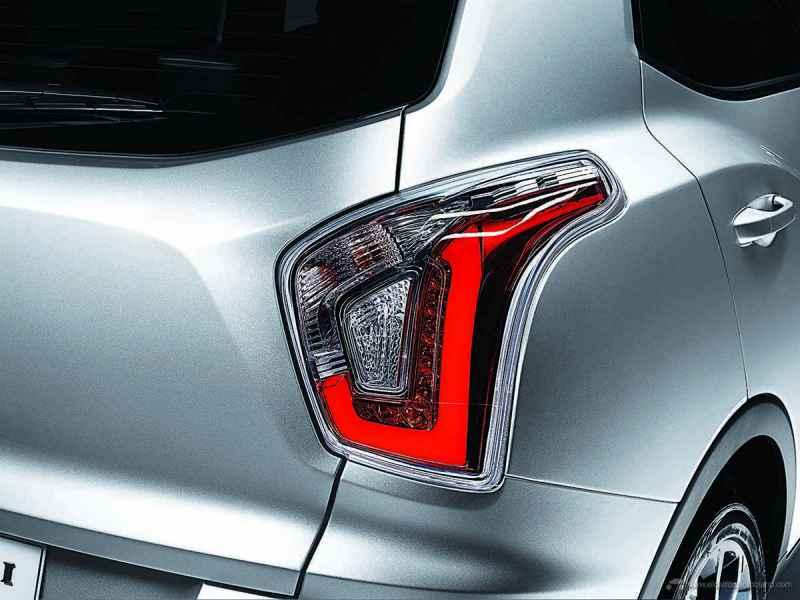 11_LED-rear-lampsL_s