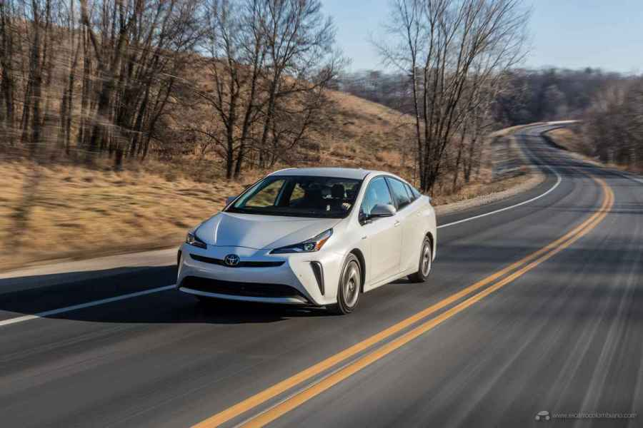 2020_Prius_Limited_021