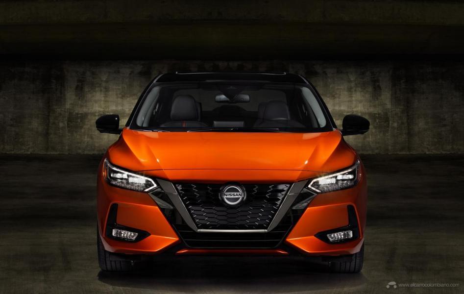 2020-Nissan-Sentra_O-16