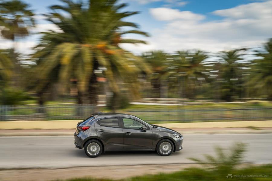 2020-Mazda2_Machine-Grey_Action_13_hires