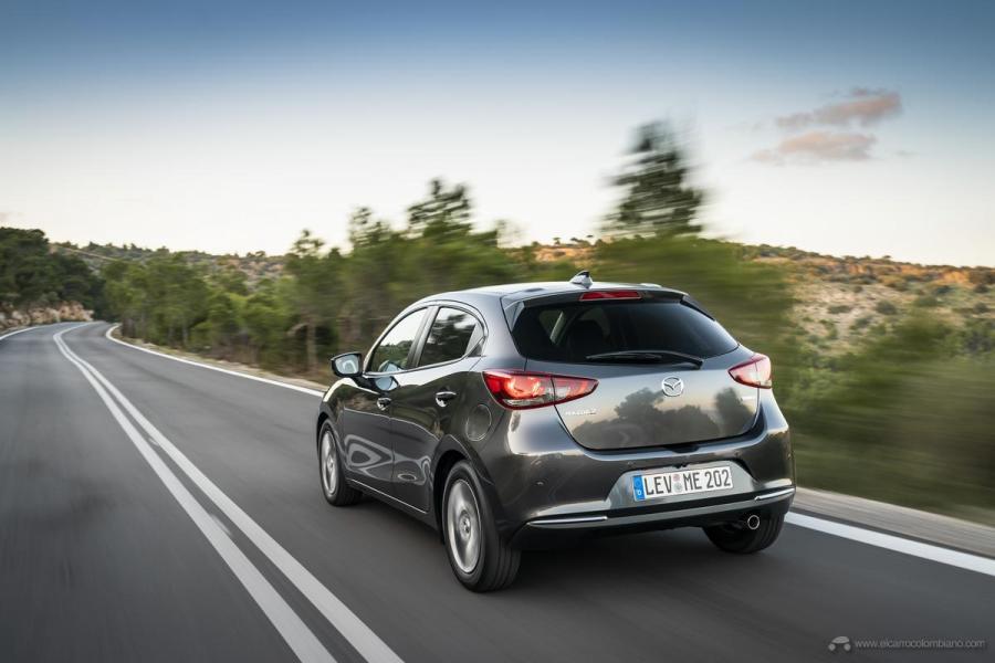 2020-Mazda2_Machine-Grey_Action_38_hires