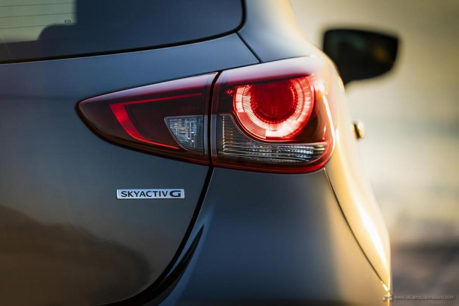 2020-Mazda2_Machine-Grey_Still_20_hires