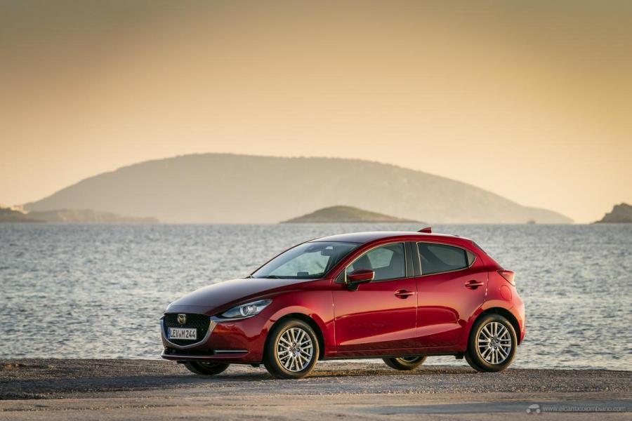 2020-Mazda2_Soul-Red-Crystal_Still_35_hires