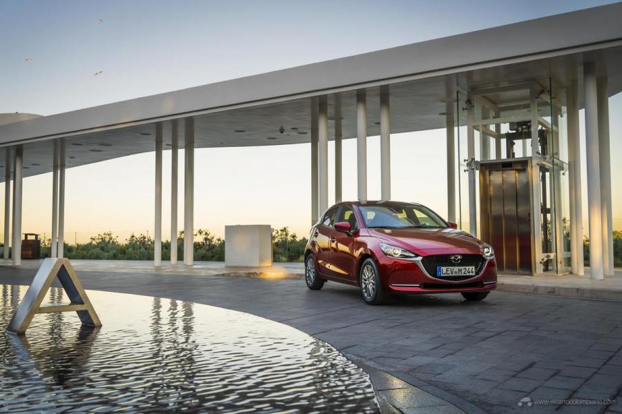2020-Mazda2_Soul-Red-Crystal_Still_39_hires