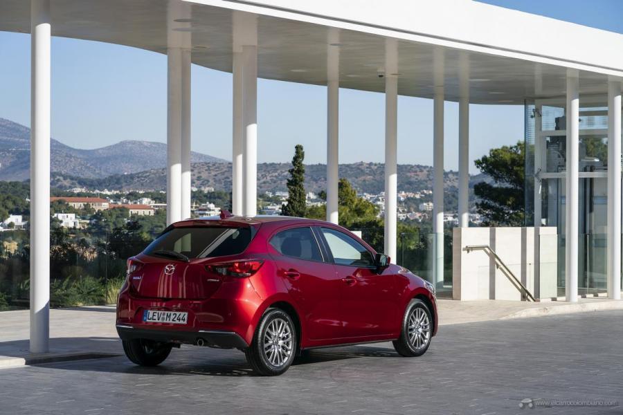 2020-Mazda2_Soul-Red-Crystal_Still_55_hires