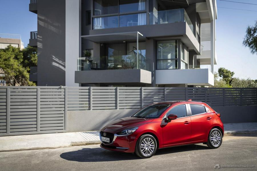 2020-Mazda2_Soul-Red-Crystal_Still_63_hires