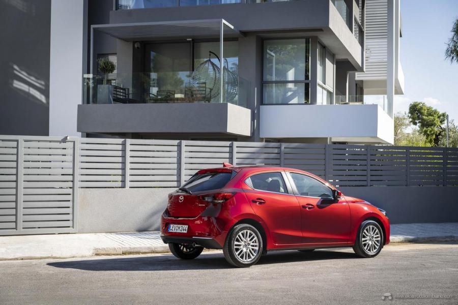 2020-Mazda2_Soul-Red-Crystal_Still_64_hires