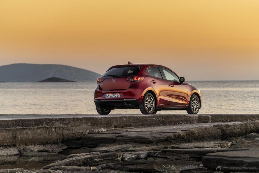 2020-Mazda2_Soul-Red-Crystal_Still_72_hires
