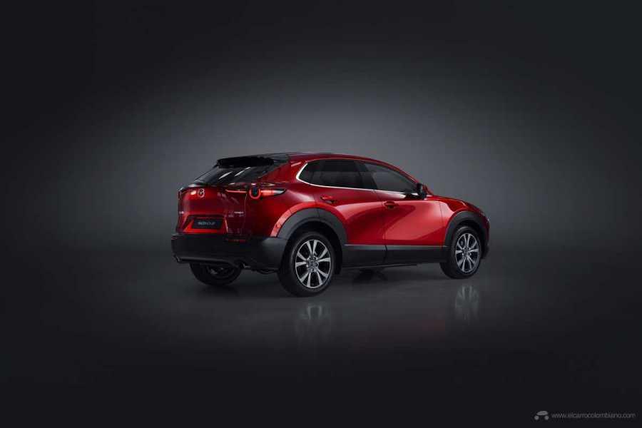 Mazda-CX-30_at_2019GIMS_13_hires