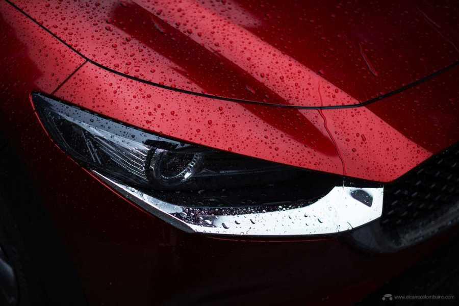 Mazda-CX-30_at_2019GIMS_14_hires