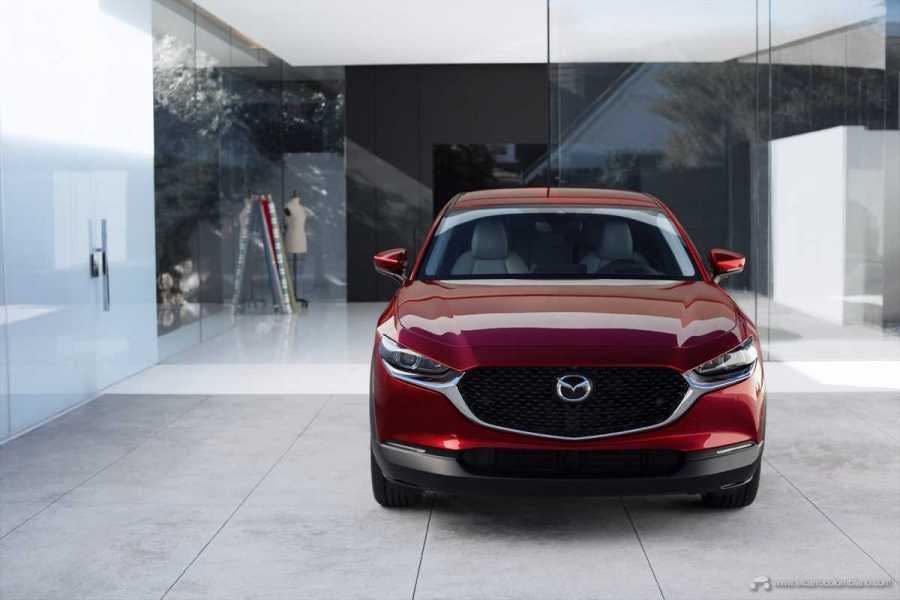 Mazda-CX-30_at_2019GIMS_2_hires