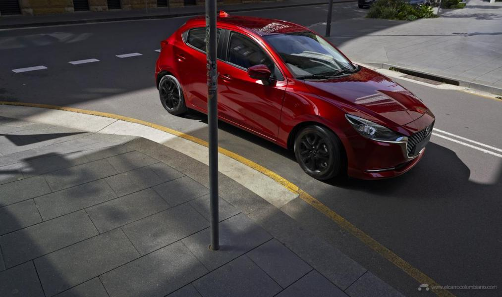 Mazda2_HB_C08_GrandTouring_LX_Ext