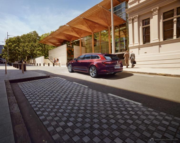 2020-New-Renault-TALISMAN-ESTATE-0