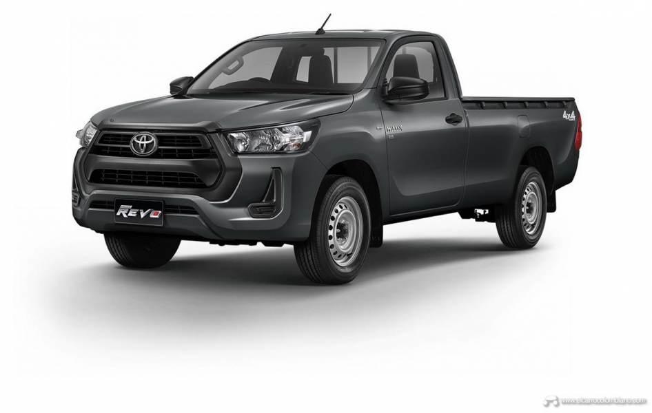2021-Toyota-Hilux-01