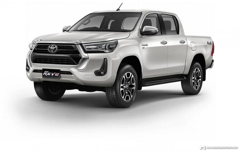 2021-Toyota-Hilux-13