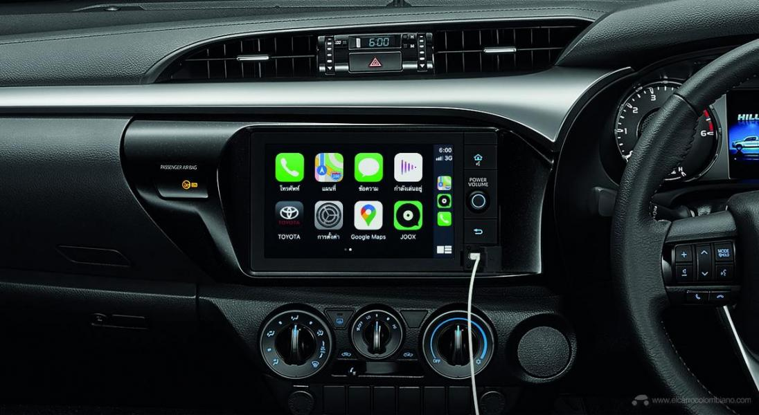 2021-Toyota-Hilux-21