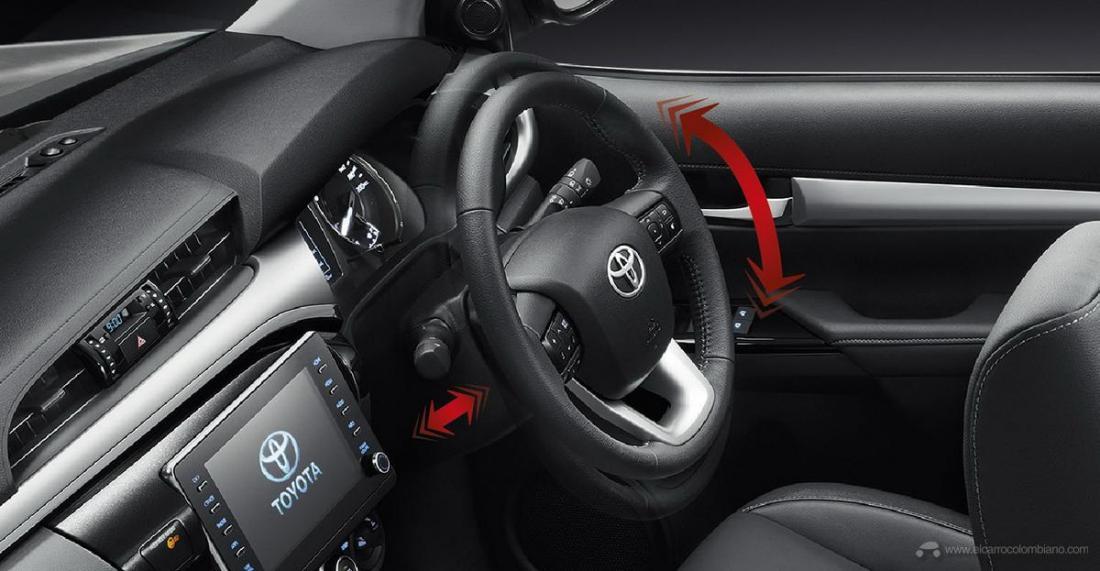 2021-Toyota-Hilux-35