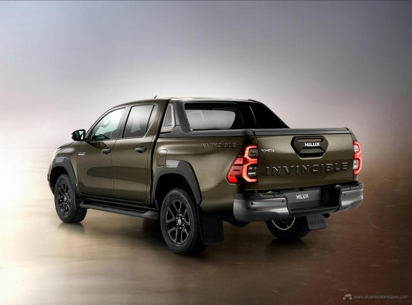 hiluxel3-4back
