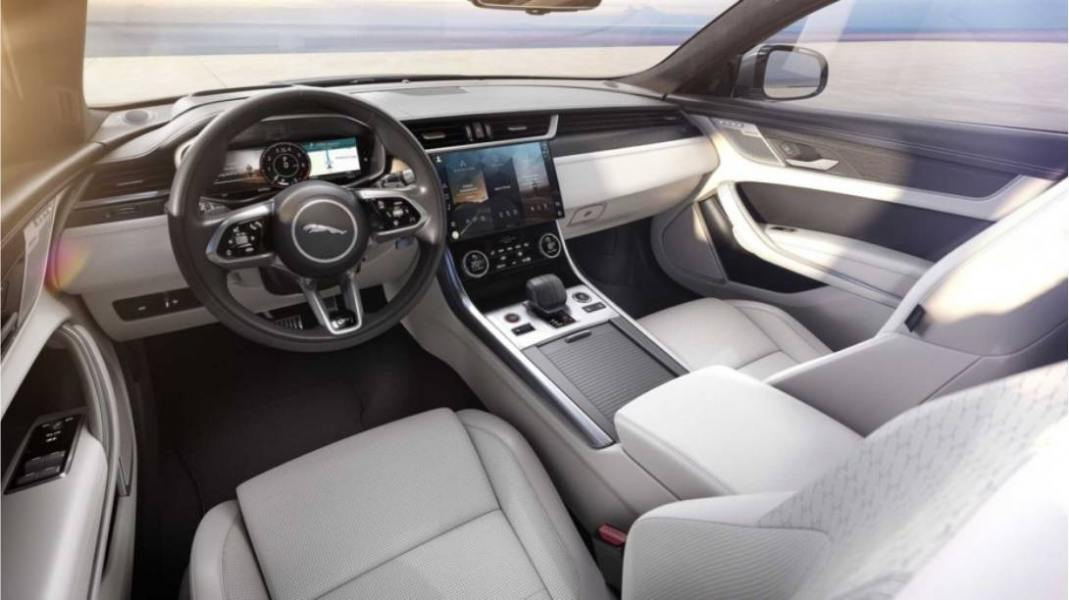 02-Jaguar-XF-2021-INTERIOR