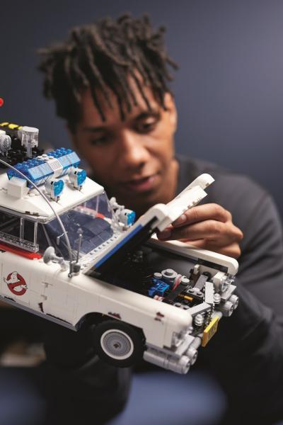 LEGO-SET-cazafantasmas-ecto-1-2020-18