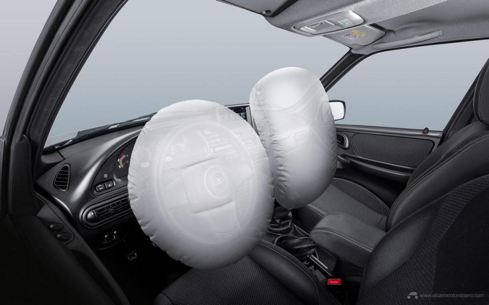 v2-4_niva_airbag