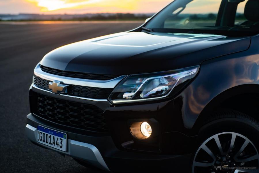 Chevrolet-S10-LTZ-11