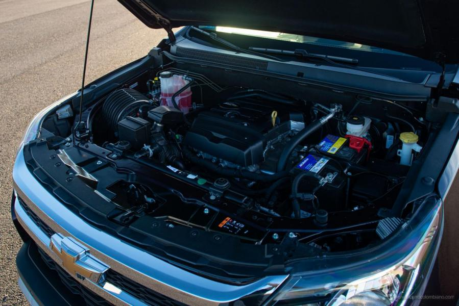 Chevrolet-S10-LTZ-24