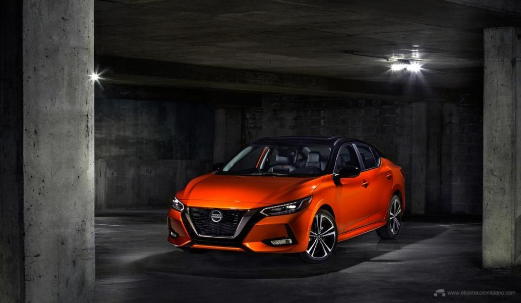 2020-Nissan-Sentra_O-15