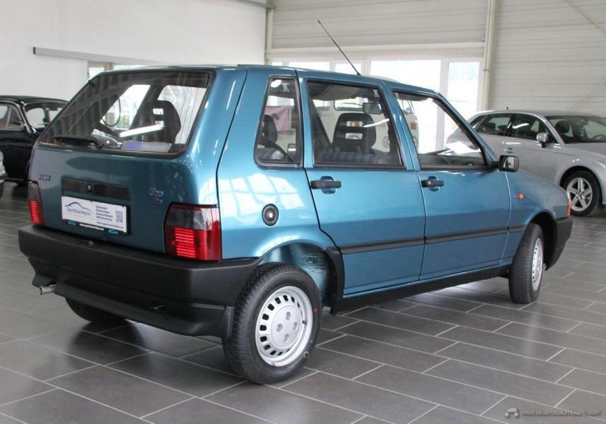 FIAT-UNO-1996-05