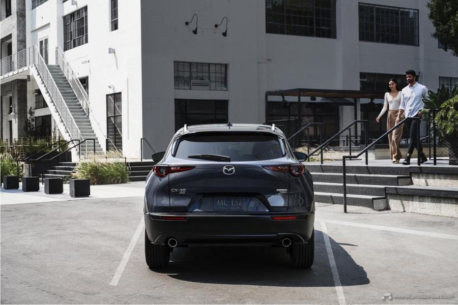 2021-Mazda-CX-30-2.5-Turbo_04