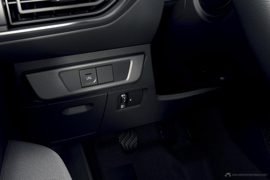 2020-New-Dacia-SANDERO-30