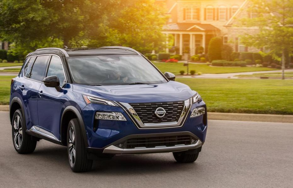 2021-Nissan-Rogue_Blue-1