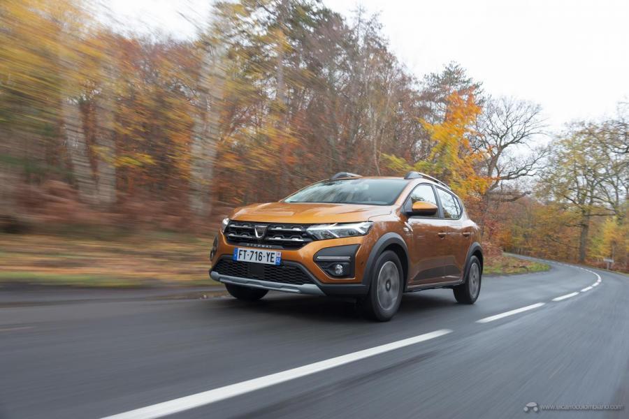 4-2020-New-Dacia-SANDERO-STEPWAY-tests-drive
