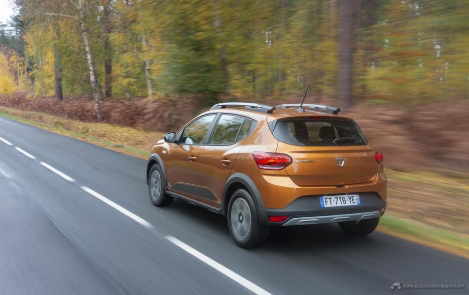 9-2020-New-Dacia-SANDERO-STEPWAY-tests-drive