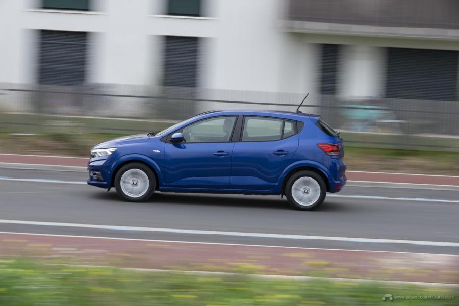 11-2020-New-Dacia-SANDERO-tests-drive