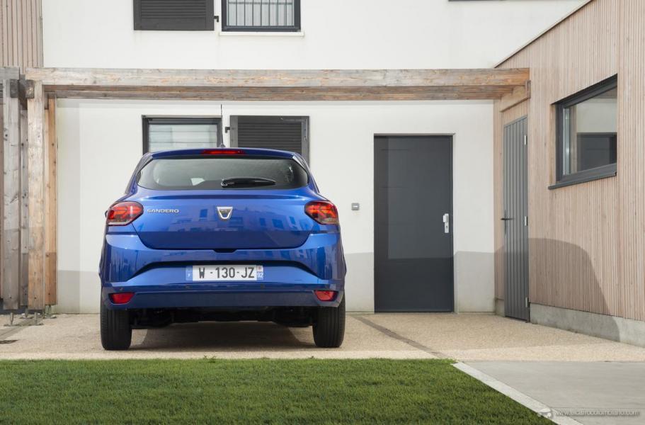 32-2020-New-Dacia-SANDERO-tests-drive